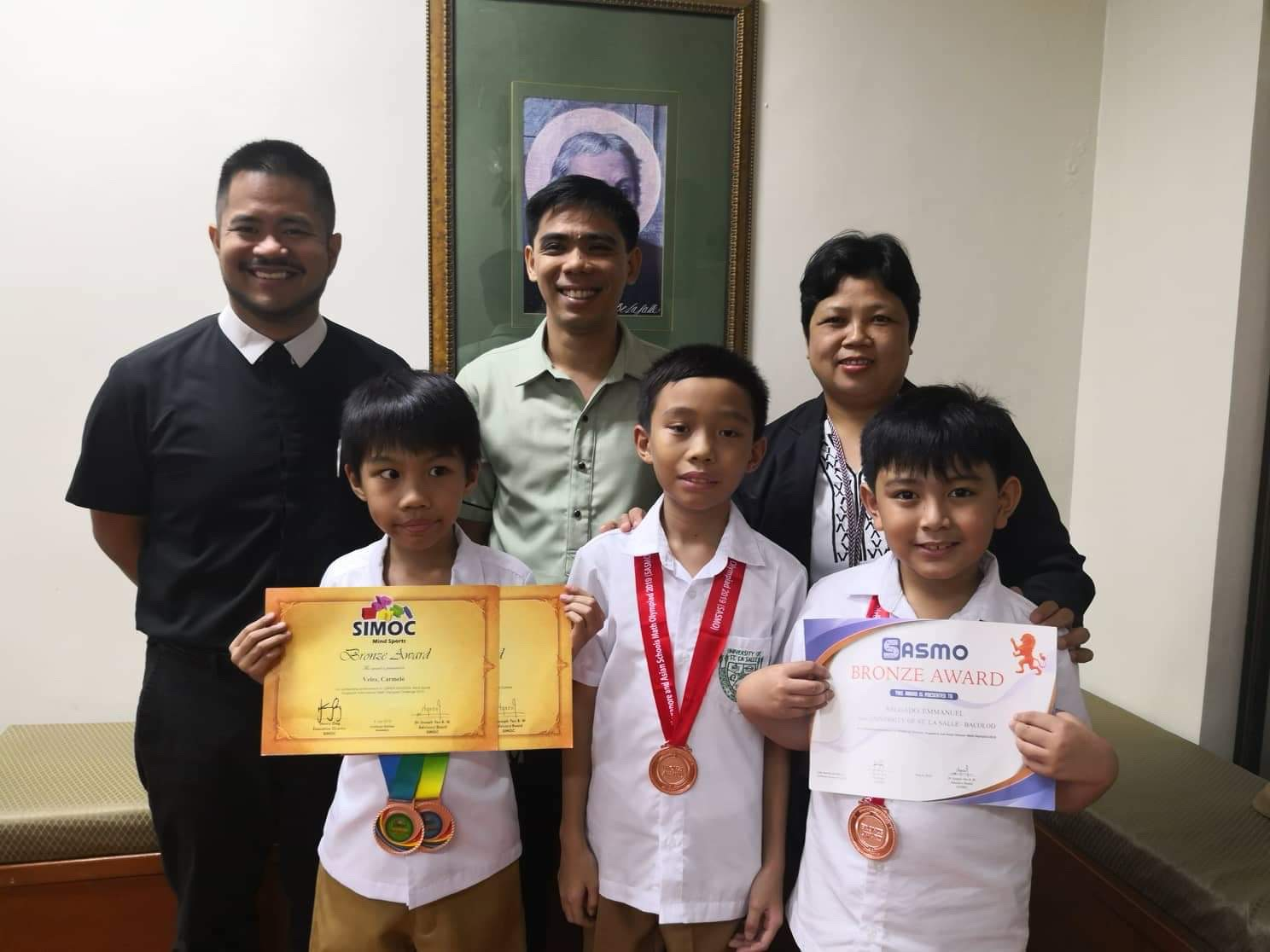 USLS-IS-STUDENTS-WIN-AT-THE-FINALS-OF-THE-5th-SINGAPORE-INTERNATIONAL-MATH-OLYMPIAD-CHALLENGE-SIMOC.JPG