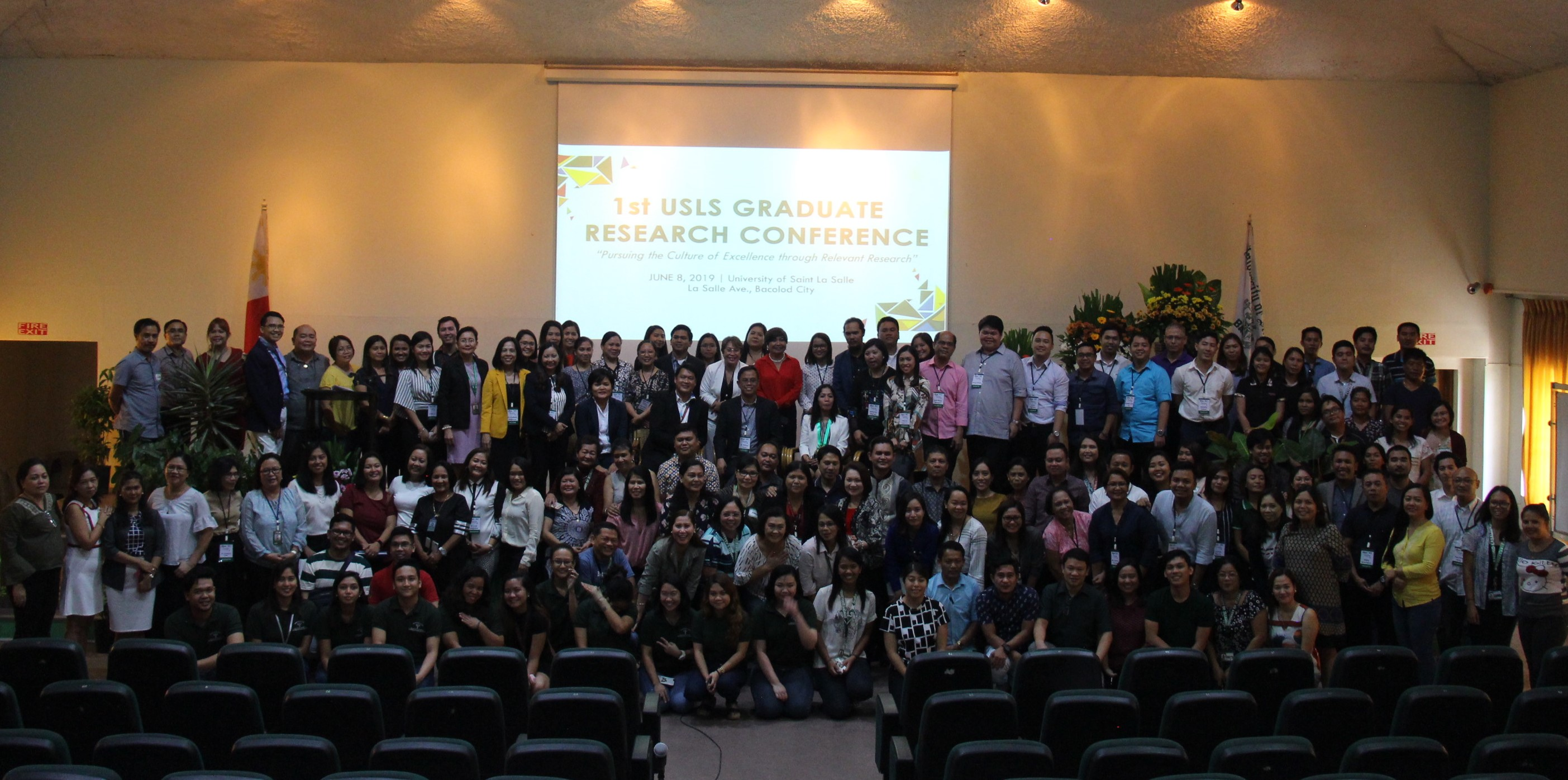 USLS-holds-the-1st-Graduate-Research-Conference.jpg